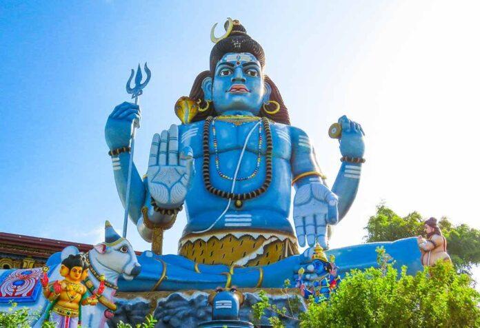 Importance of Mahashivratri Puja and its Procedures