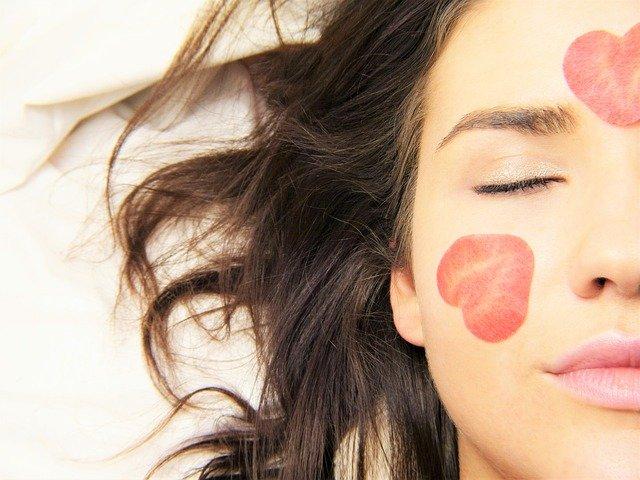 8 Best Tips to Urge Glowing Skin